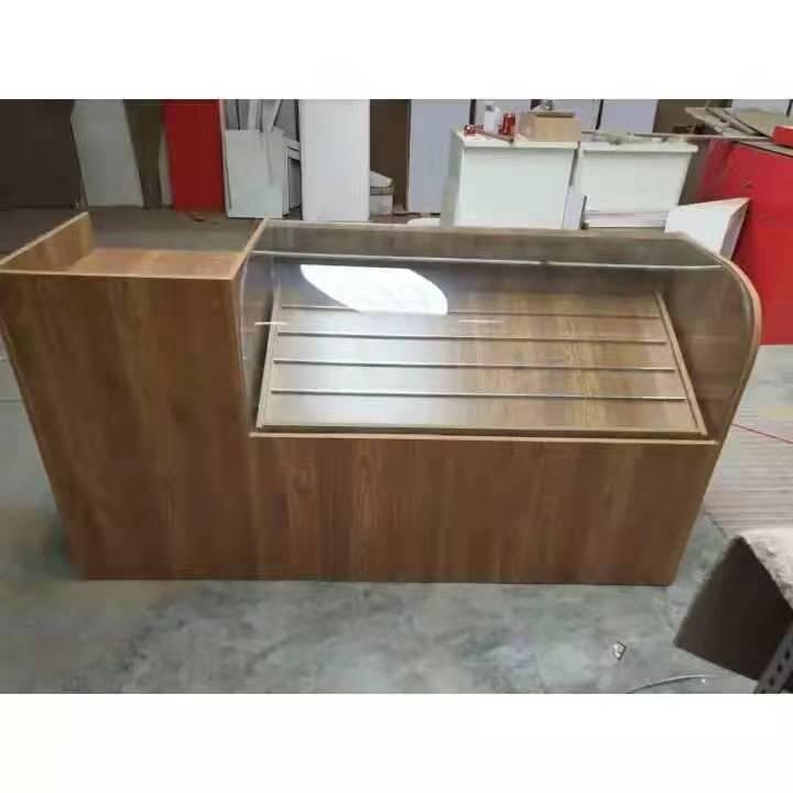烟柜展示柜2