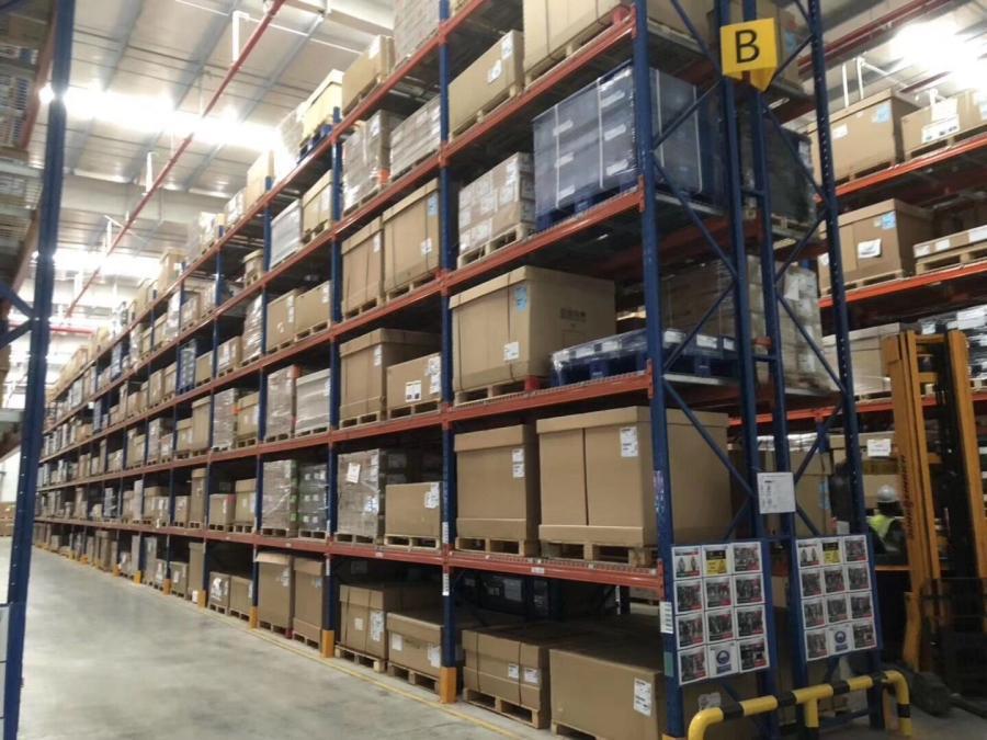 物流行业重型货架应用